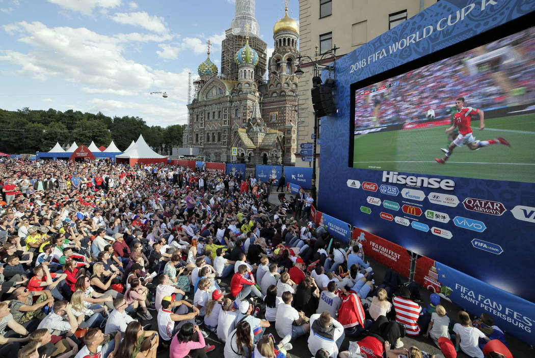 How to Choose the Best LED Screen Outdoor for Fan zones?